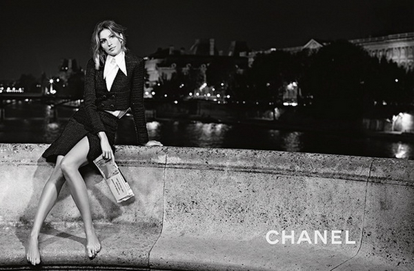 (1) Gisele Bundchen in the new springsummer Chanel campaign - www.fashioncorner