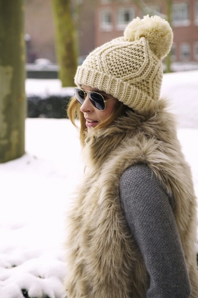 (12) 25-winter-hats-ideas-to-complement-your-style-this-winter-fashioncorner.net