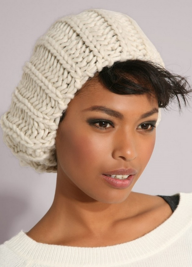 (21) 25-winter-hats-ideas-to-complement-your-style-this-winter-fashioncorner.net