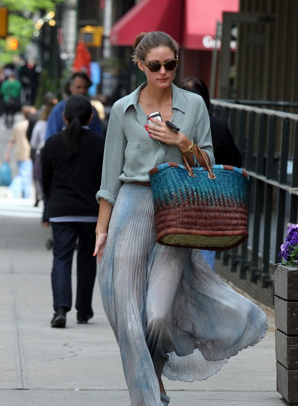 What to wear with your straw bag?