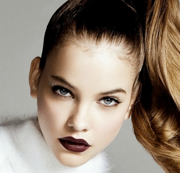 How To Rock The Dark Brown Lipstick Trend This Autumn