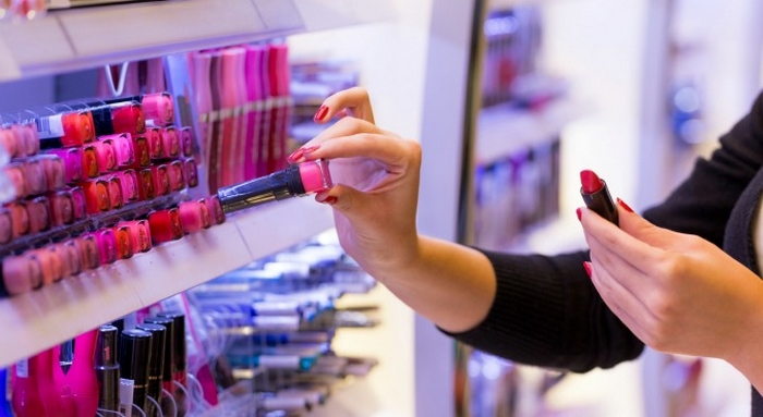 Skin Care Tips: What You Need To Know About Makeup Testers, Storage, Cleaning And Expiration?