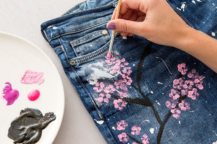 Fashion DIY: Transform Your Old Jeans Into Cute Cherry Blossom Boyfriend Jeans
