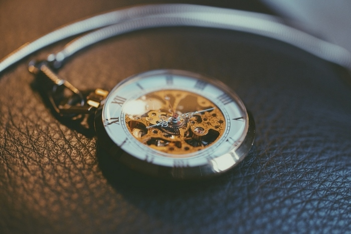 Ditch Tech and Invest in Vintage Watch Restoration