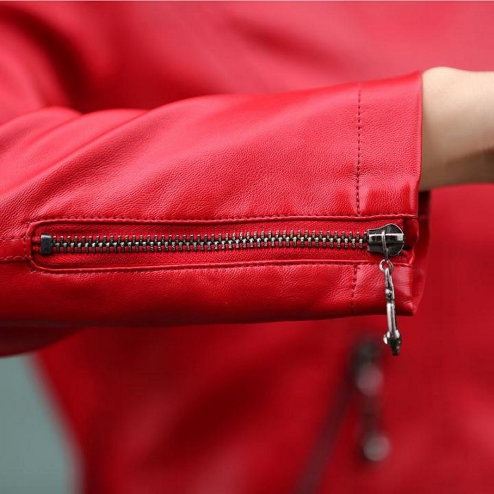 How to Care for Your Leather Jacket to Increase its Lifespan