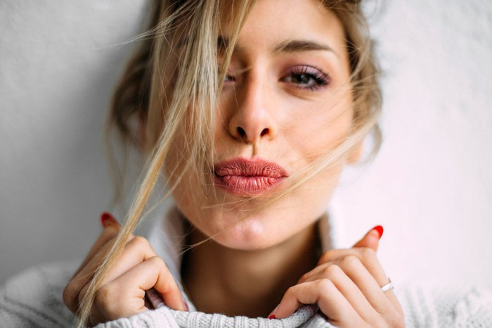 How to Take Care of Your Dry Lips this Winter