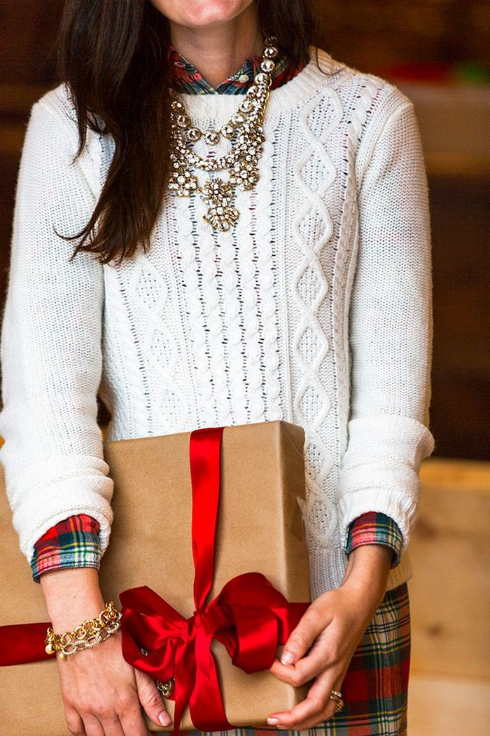 How to Style the Perfect Christmas Party Outfit
