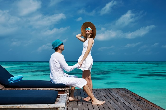 How to Plan Your Honeymoon Like a Pro